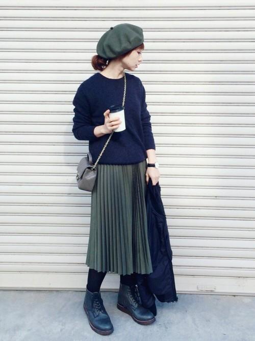 プリーツスカート ベレー帽 ショートブーツ