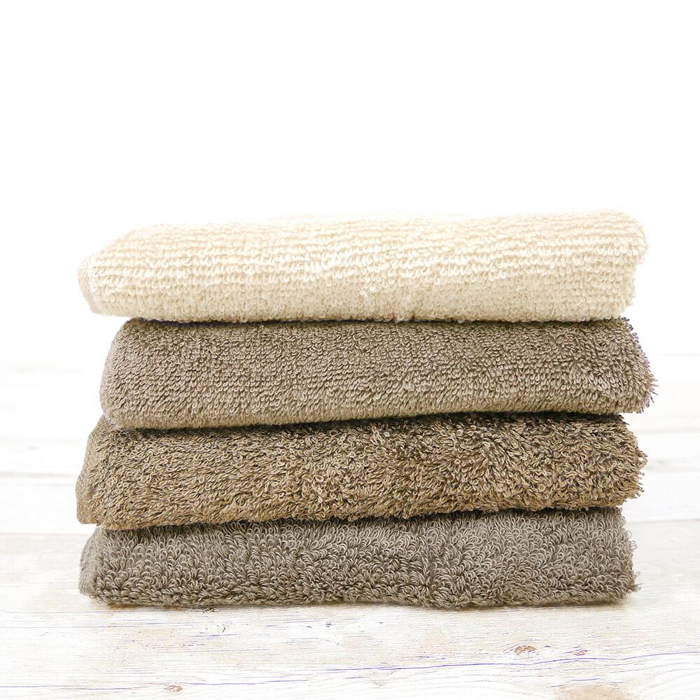 【比較】重視するのはコスパ?手触り?人気4ショップのタオルを比べてみよう
