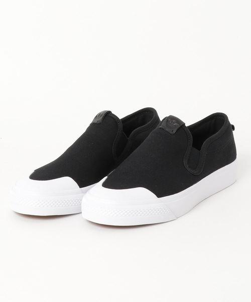 adidas スリッポンスニーカー