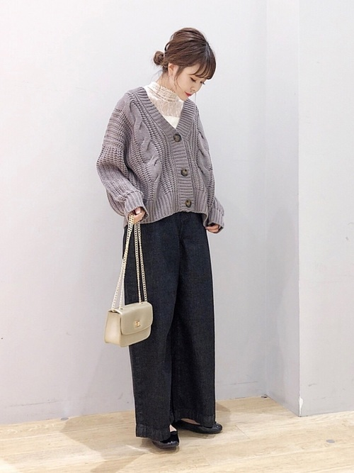 https://wear.jp/women-coordinate/?color_group_id=2&suggest_flag=1&pageno=3