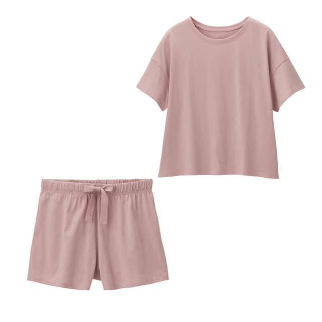 GUのピンクパジャマ