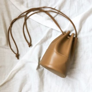 3000円以下で買えるAuntieRosaHolidayのプチプラ巾着バッグ