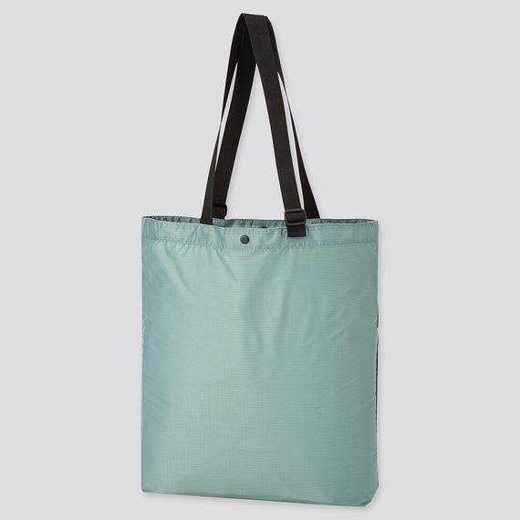 ユニクロのポケッタブルトートバッグ