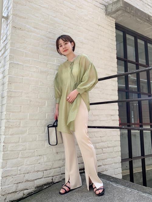 ピスタチオカラーの春夏コーデ4選!淡いグリーンが可愛いおすすめ着こなし方を紹介