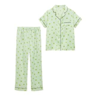 ミントグリーンにキウイフルーツ柄が描かれた半袖パジャマ上下セット