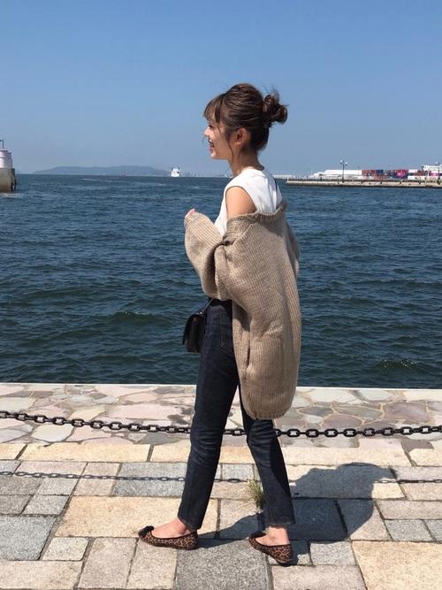 萌え袖カーディガンの秋モテファッション
