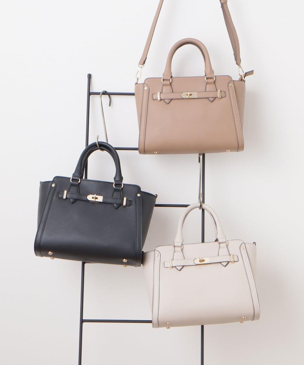《ハニーズ》そのバッグ可愛いね…!高見え&大人っぽい「レザー風バッグ」4選