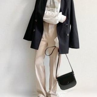 しまむらのカットソーをジャケットと合わせて