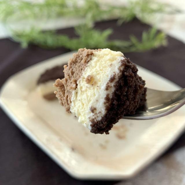 ファミマのショコラチーズケーキひとくち