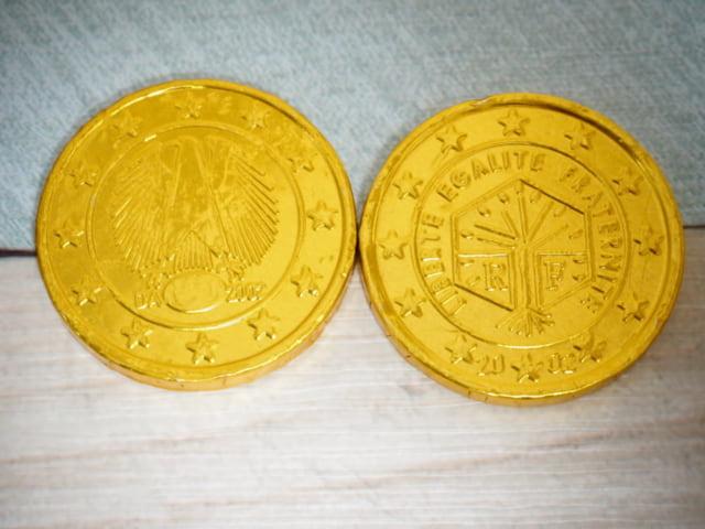 成城石井金貨チョコ裏面のデザイン