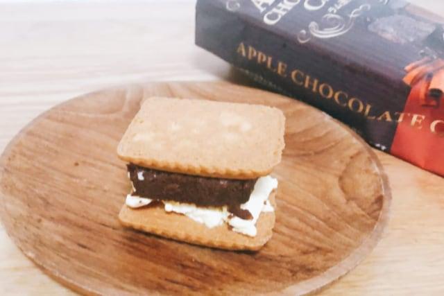 カルディ アップル チョコレート ケーキ アイスサンド