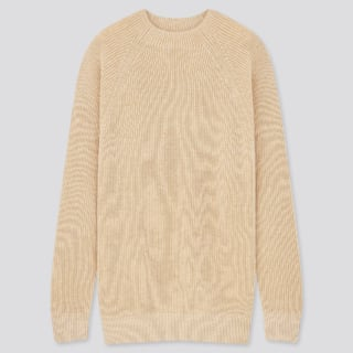 ユニクロのウォッシャブルミドルゲージクルーネックセーター