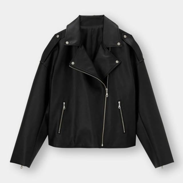 黒のエコレザーライダースジャケット
