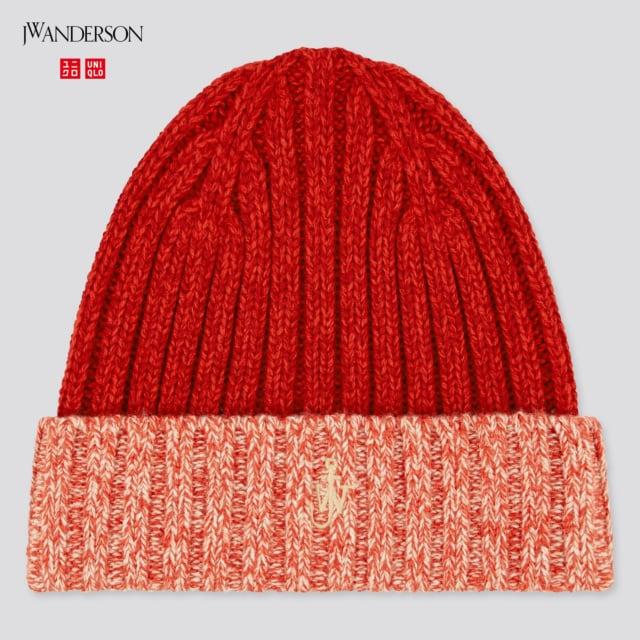 赤のグラデーションニット帽子