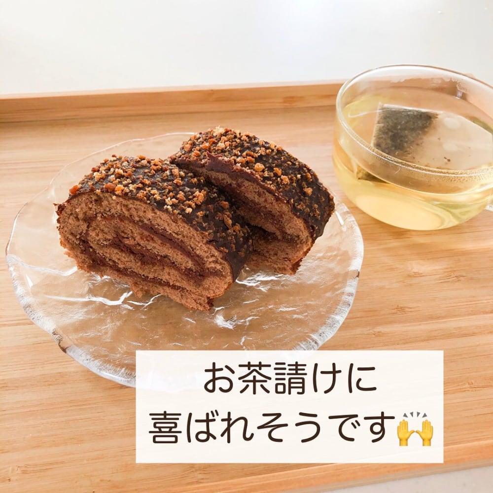 スイスロールケーキ